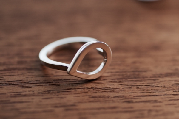 anillo aro lagrima